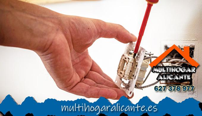 Electricistas Muro de Alcoy 24 horas.jpg